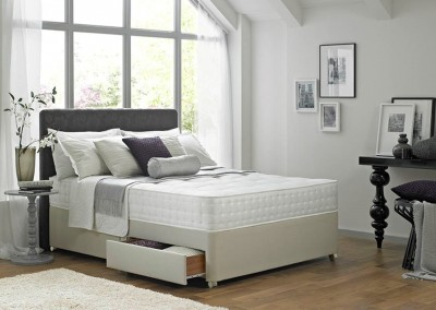 Rest Assured Silk Luxury 1400 Divan Bed